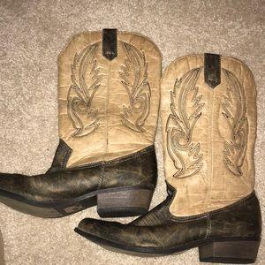 NEW cowboy boots ✨✨✨
